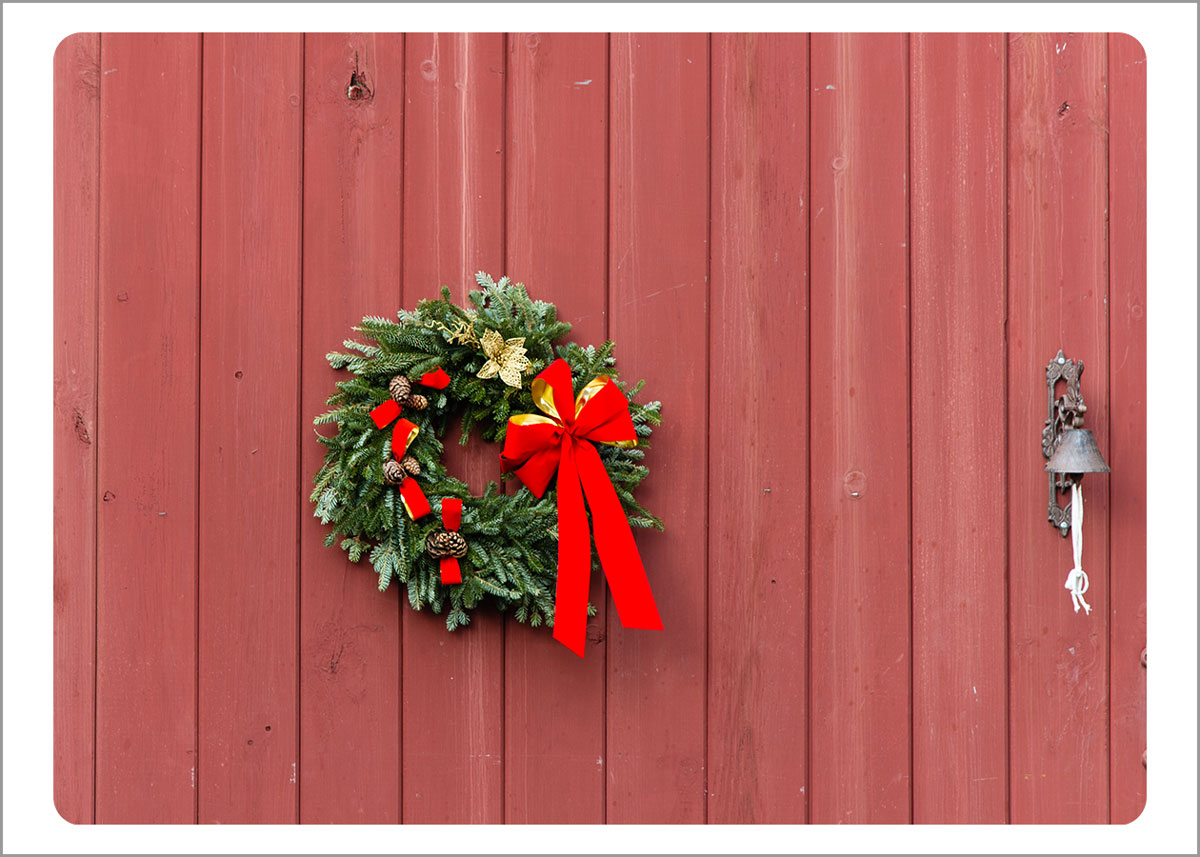 Boxed Gift Enclosures: Red Barn with Wreath (Box of 5)
