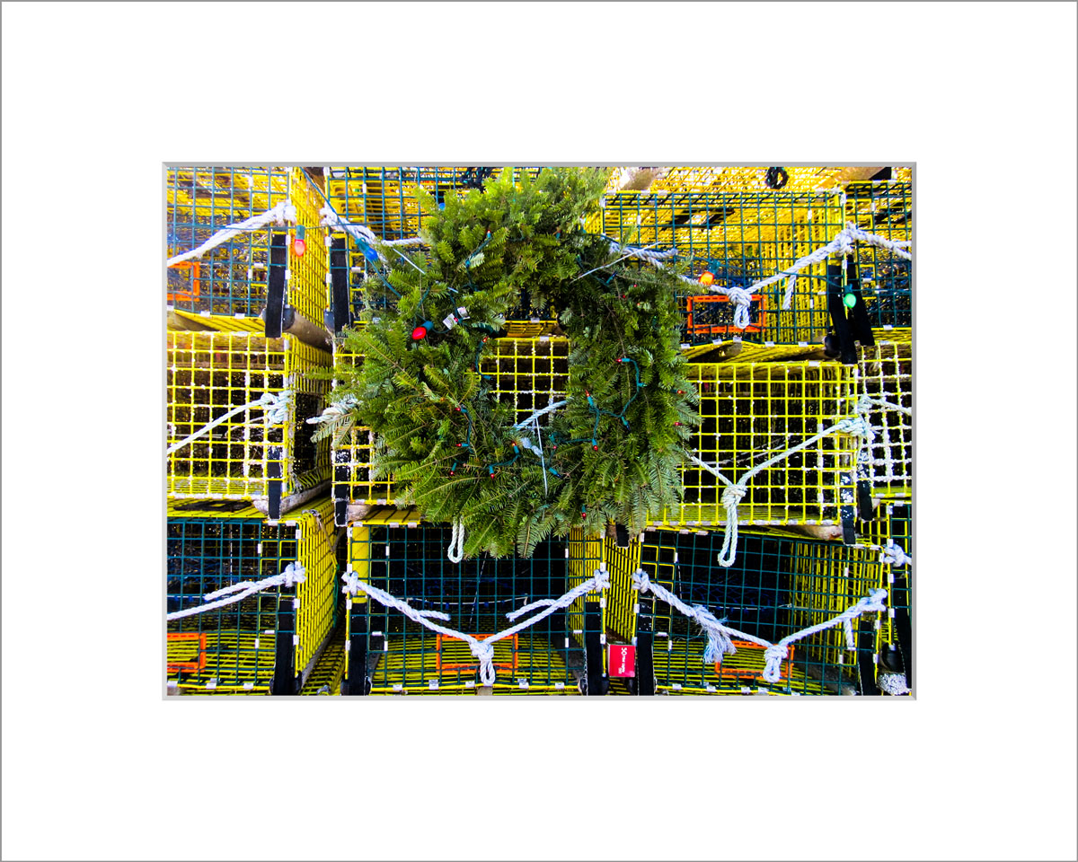 Matted 5x7 Photo: Wreath on Cages