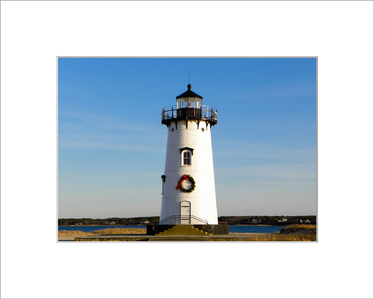 Matted 5x7 Photo: Wreath on Edgartown Light