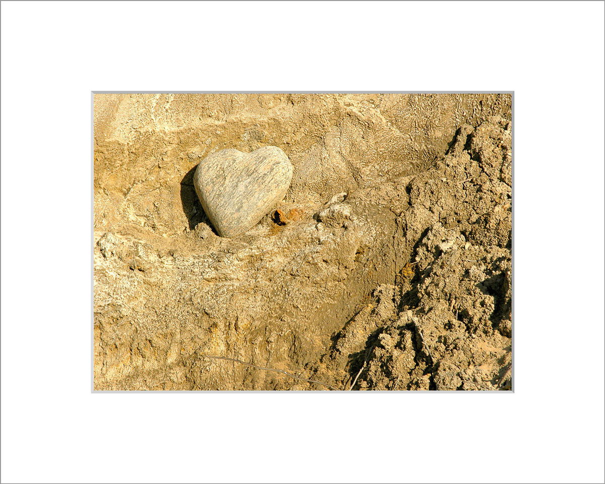 Matted 5x7 Photo: Heart Rock